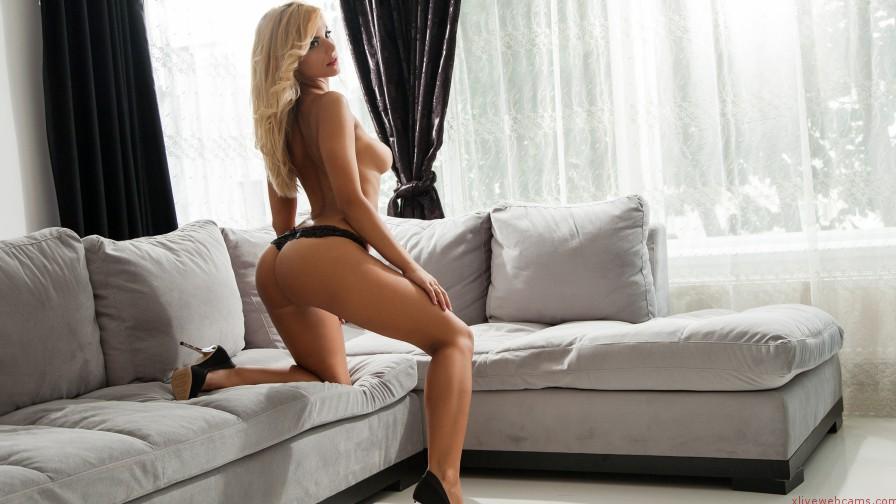 MaryKay24